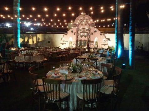 bodas en jardin de noche
