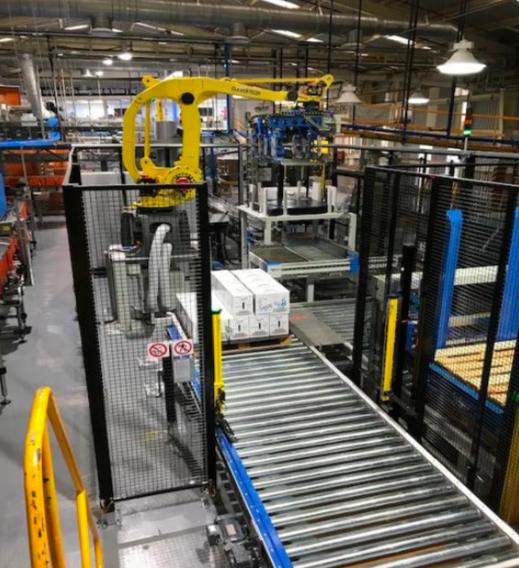 robot paletizador industria del tequila