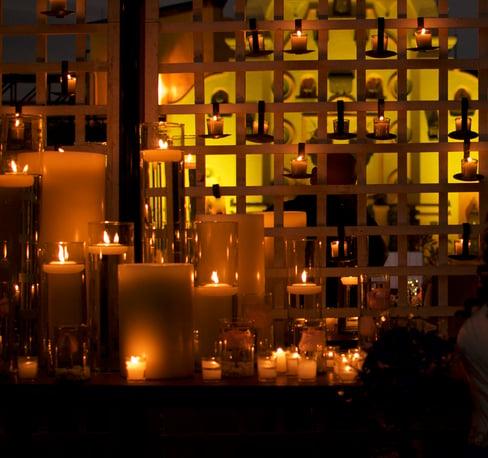 Arreglo de velas para boda en Casa Sauza