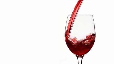 vino de mesa trago estándar