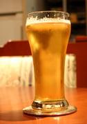 cuanta cerveza servir en una boda